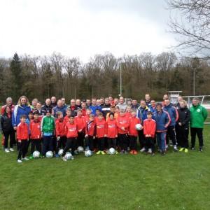 Jugendtrainer des Polizei SV Oldenburg nehmen an EWE-Trainerweiterbildung teil