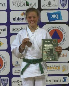 Bronze für Celina Brötje beim WorldCup U 15 auf Zypern