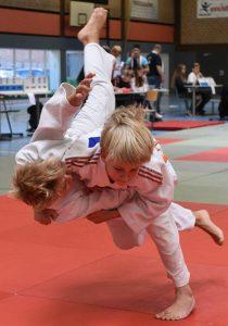 Zwei Medaillien bei Bezirksmeisterschaften für Polizei-SV Judoka