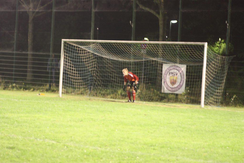1. Damen scheitern im Elfmeterkrimi gegen Landesligist 1. FC Ohmstede
